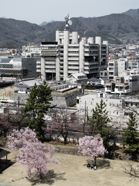 http://crola.ch/files/gimgs/1_yamanashi-press--broadcasting-center---kenzo-tange_v2.jpg